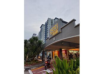 888 Plaza