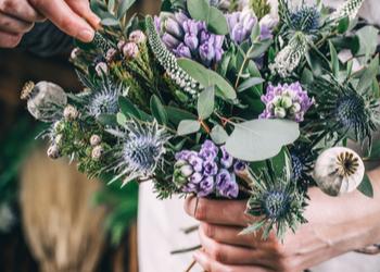 Amanda's Florist 'N' Gifts