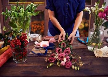 Boon Lay First Souvenir & Flowers Shop
