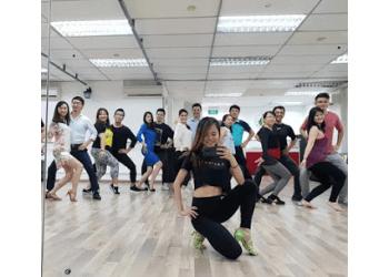 Caliente Dance Studio