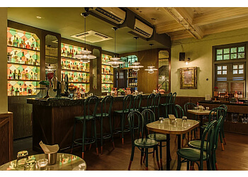 Gibson Bar
