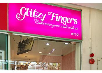 Glitzy Fingers